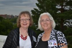 Sherrie Sweeney, Carolyn Peterson